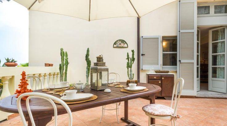 Casa vacanze a Mentone. Ambienti armoniosi e funzionali per la famiglia | RistrutturareOnWeb  #terrazzo #casavacanze
