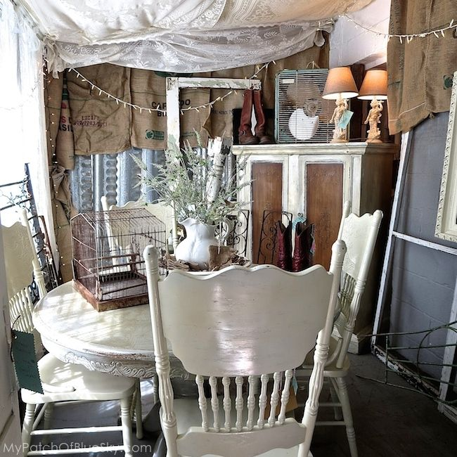 Salvage Sisters Burlington Nc Upcycled Junk Vintage Painted Furniture Display