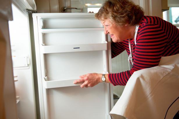 Oldfruens fif til et rent køleskab | Samvirke.dk