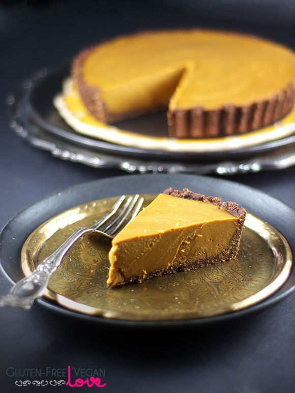 Gluten-Free, Vegan, and Paleo Carob Pumpkin Tart {AIP-Friendly, Refined Sugar-Free}