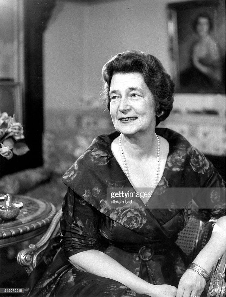 1967Kira Kirillowna von Russland, Ehefrau vonPrinz Louis Ferdinand von Preussen,Urenkelin von Zar Alexander II.Porträt- 1962