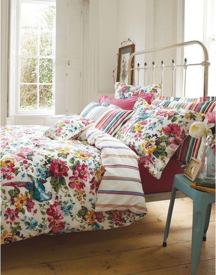 DUVETSUNBIRD Reversible Sunbird Floral Duvet Cover