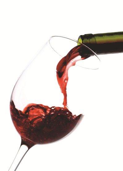 Top 9 Health Benefits of Red Wine