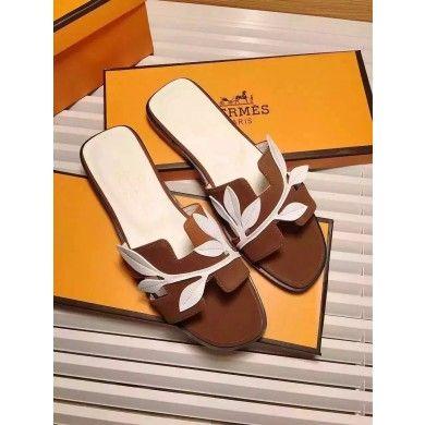 Hermes Oran H Sandals on UK outlet