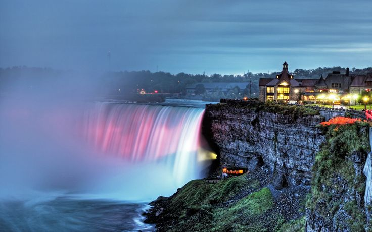 Romantic Babymoon at Niagara Falls.