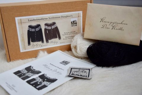 "The knitting kit from Landnamsdaetur (Settlement Daugthers) of Moakot includes a pattern for two cardigans with traditional icelandic patterns.  The kit box includes:  pattern for both cardigans in sizes S-M-L (for bust 86cm-98cm) Icelandic lace yarn enough to knit one of the sweaters in all sizes one fabric logo to attach to the sweater once knitted (sea picture of the logo sewn behind) designer's letter ""Dear Knitter"" The buttoms are not included but are available in our shop.100%…"