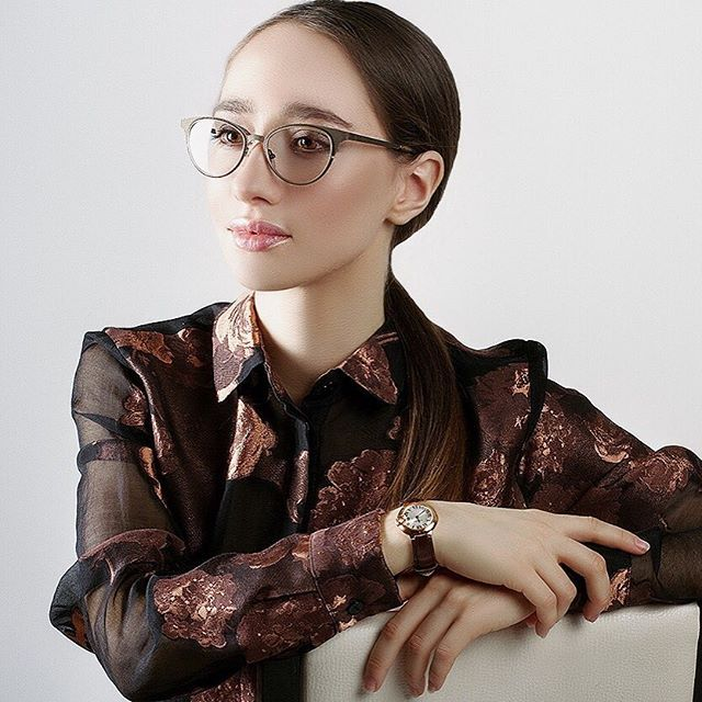 From IG - @a_gubinskaya looking absolutely polished in the #Lafont NEW YORK