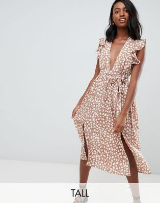 f8f88e6abec6 Shop Glamorous Tall sleeveless midi dress with flutter sleeves in smudge  spot print at ASOS. Discover fashion online.