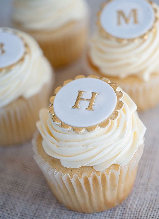 Pearl Painted Monogram Cupcakes.