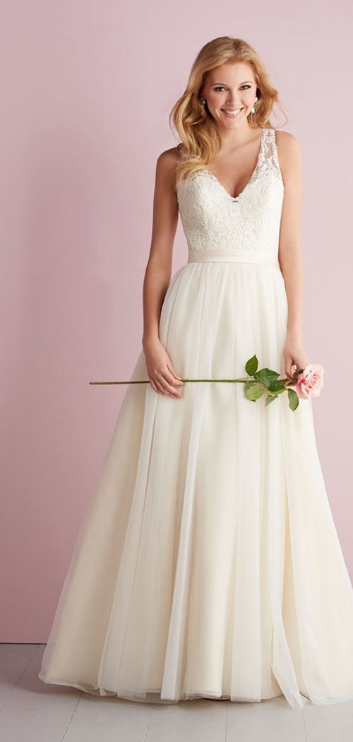 Chapel Train Natural Waist Button Back V-neck A-line Wedding Dress