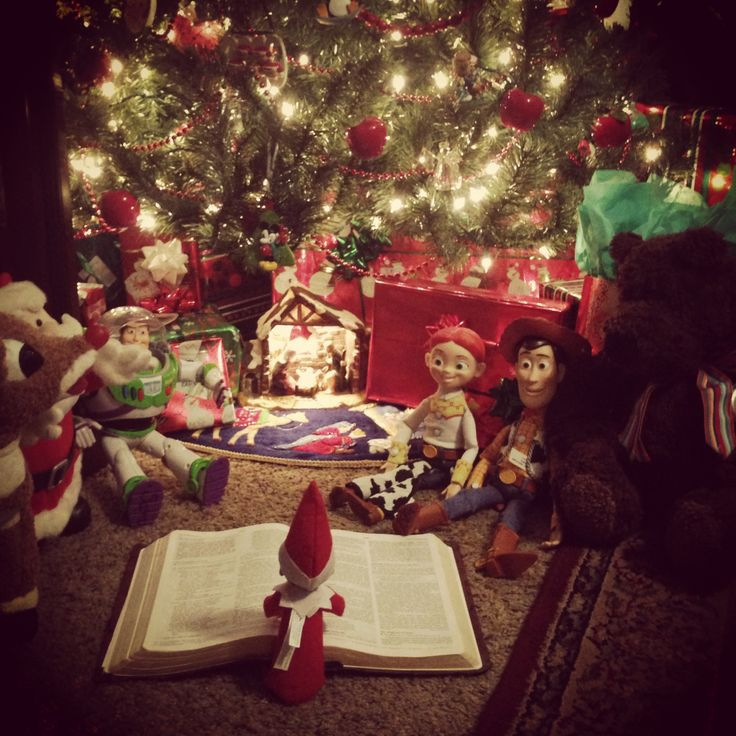 Elf on the shelf Jesus style....showing the true meaning of Christmas! Luke 2:1