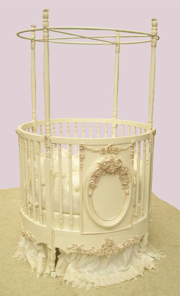 Gorgeous handmade round crib by VillaBella