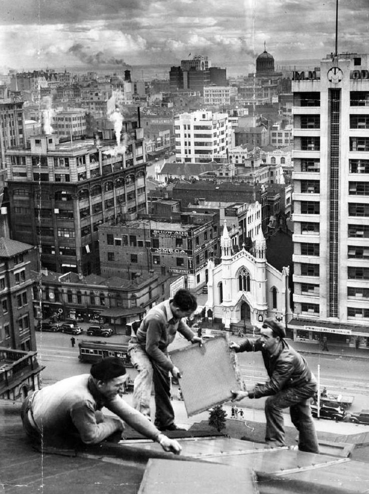 1947 on top of the state library