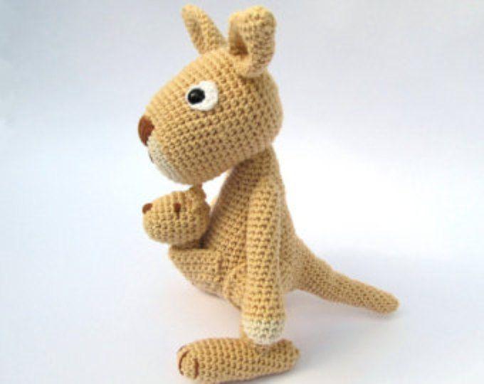Mama Kangaroo - Amigurumi Crochet Pattern / PDF e-Book / Stuffed Animal Tutorial