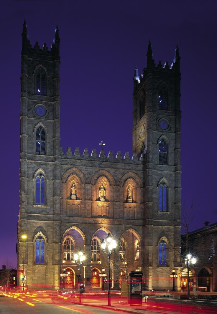 Notre dame Basilica on Place d'armes