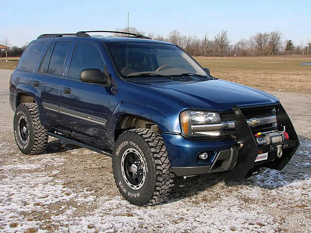 Chevy trailblazer... Need to get a grill guard soon!