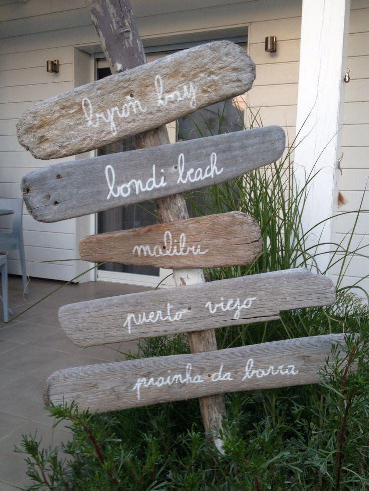 Table de jardin en bois flotte des id es for Plan table de jardin en bois