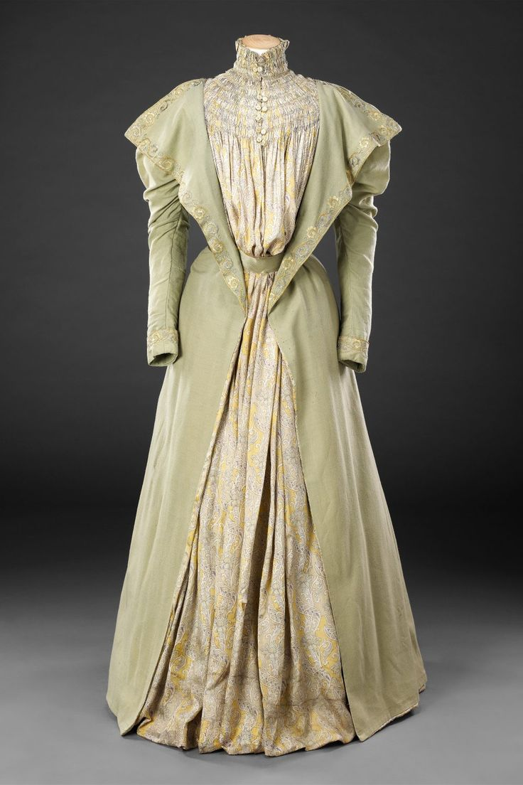 Tea Gown Late 1890s John Bright Collection