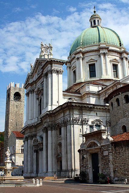 Piazza Paolo VI, Brescia - Duomo Nuovo