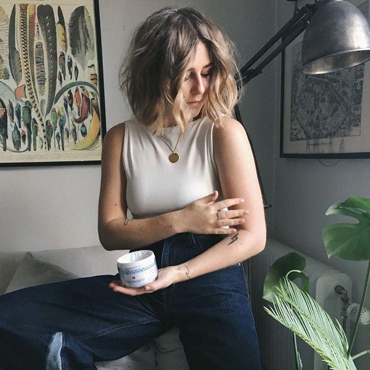 Viola Bergström in Super Moon ring.