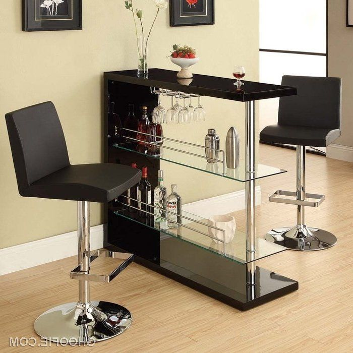Los mini bares para nuestro hogar, son una opción ideal para las personas que gustan de preparar sus bebidas y organizar reuniones en casa. Con buen gusto,