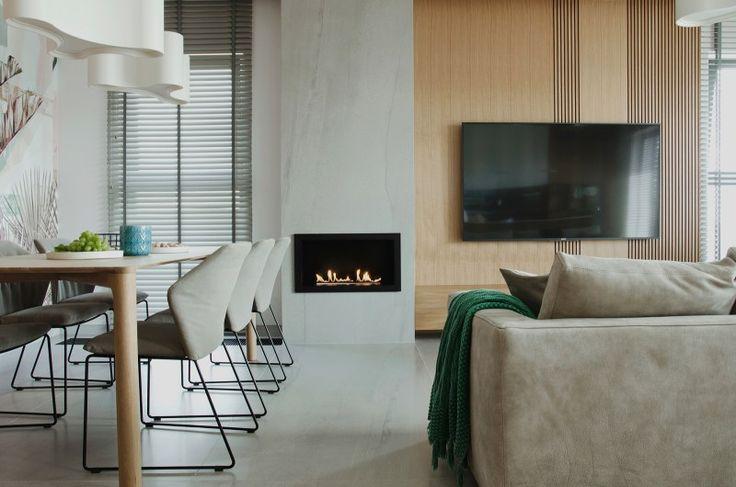 Proyecto de diseño elegante y lleno de sensaciones visuales #Hometour #proyecto #diseño #elegante #saloncomedor #comedor #salon #chimenea