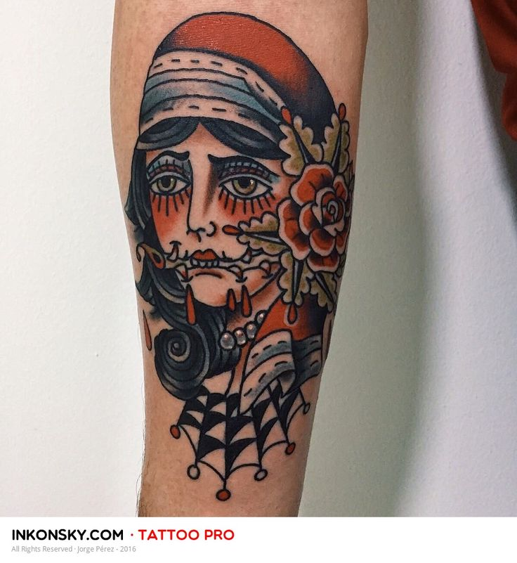 1000 Ideas About Small Traditional Tattoo On Pinterest: 1000+ Ideas About Old School Tattoos On Pinterest