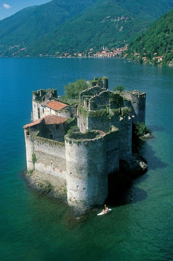 The Castles of Cannero are today picturesque ruins on two rocky islets close to the shore of Lago Maggiore, Italy. They are all that remains of the Rocca Vitaliana fortress built between 1519 and 1521 by Ludovico Borromeo, who gave it this name in honour of an illustrious ancestor.