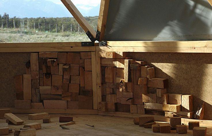 Comenzando con la decoracion interior de nuestros domos geodesicos en la patagonia chilena. Visitanos en www.refugiofossil.cl