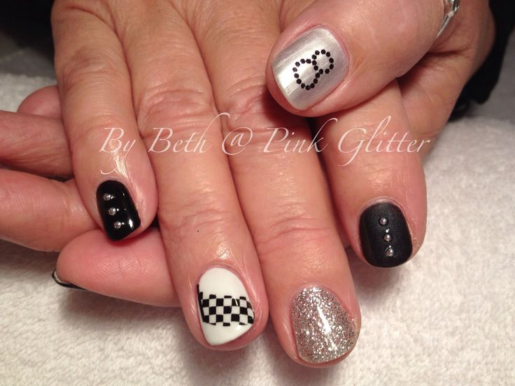 8 Best Nails Images On Pinterest Make Up Enamels And Nail Art Designs