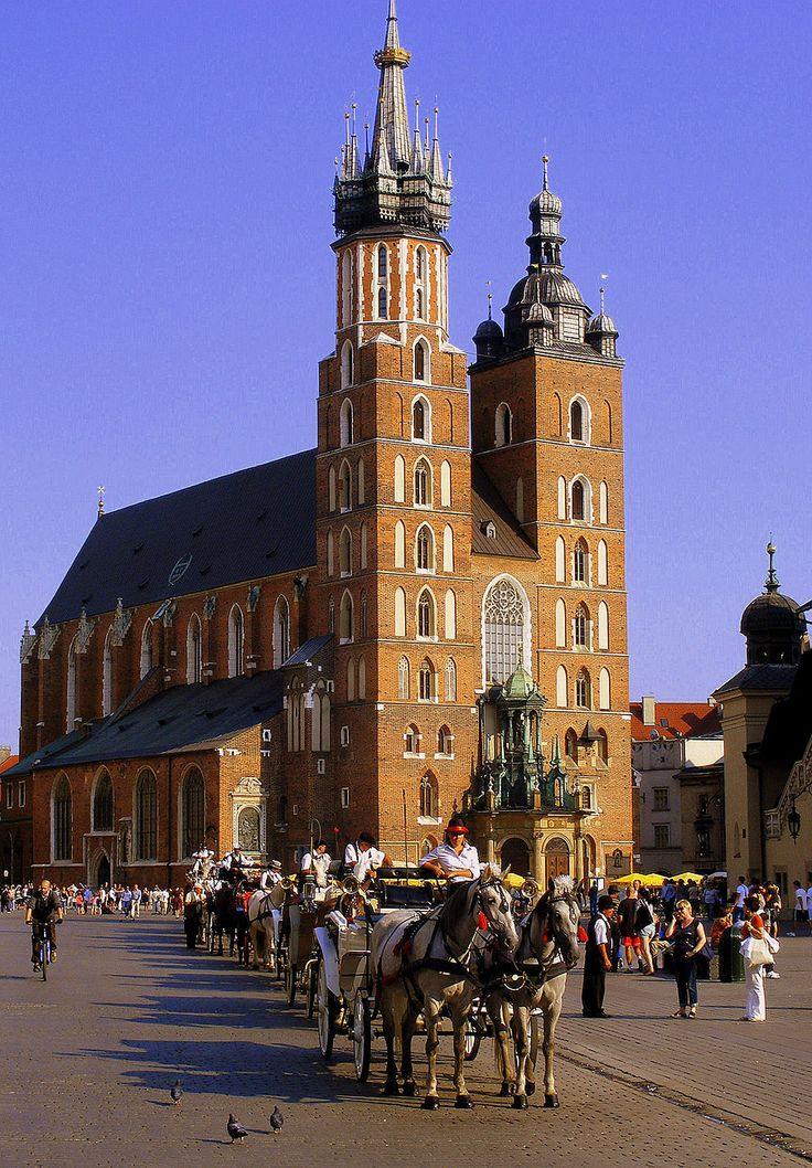 Kościół Mariacki w Krakowie, gotyk XIV-XV