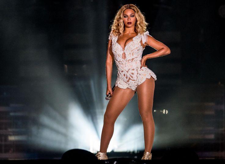 EXCLUSIVE: How to Do Beyoncé's Instagram Workout  - ELLE.com