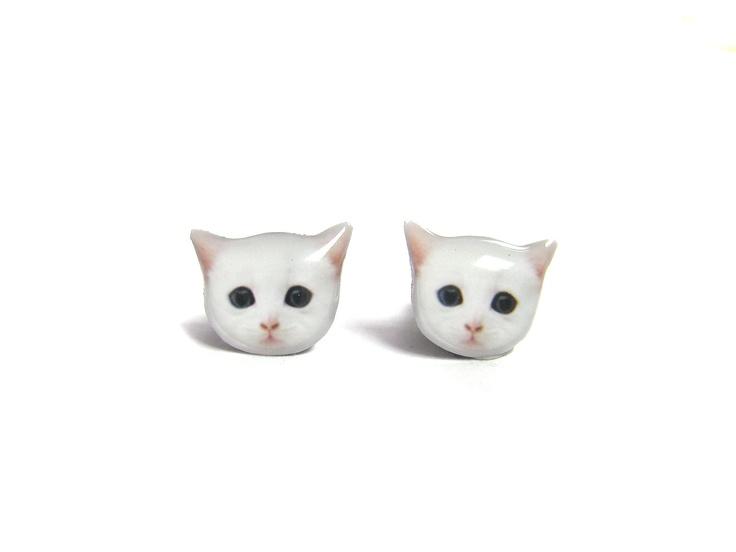 Cute White Cat Kitten Stud Earrings - A14E84. $8.90, via Etsy.
