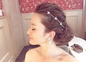 王道ヘアは絶対に可愛い♡花嫁にもゲストにもぴったりの「ポニーテールヘア」12選*
