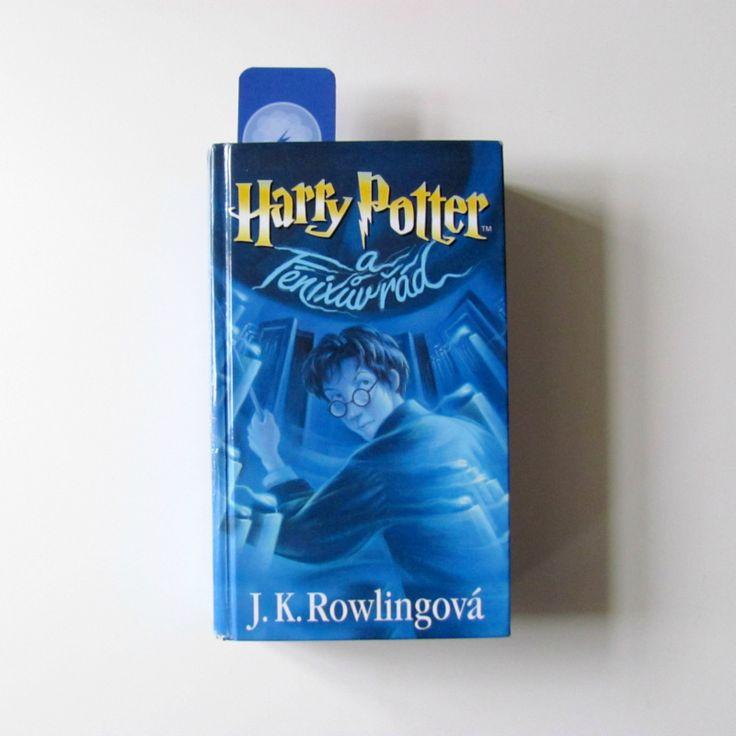 Stylová minimalistická záložka k pátémudílu ságy o Harrym Potterovi.