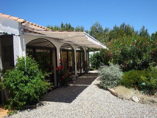 354 Villa Bienvenue: Villa geschikt voor 6 personen met privé zwembad, 3 slaapkamers, 2 badkamers en volledige privacy!! #Frankrijk #Languedoc #Vakantie #Zwembad #genieten #reizen