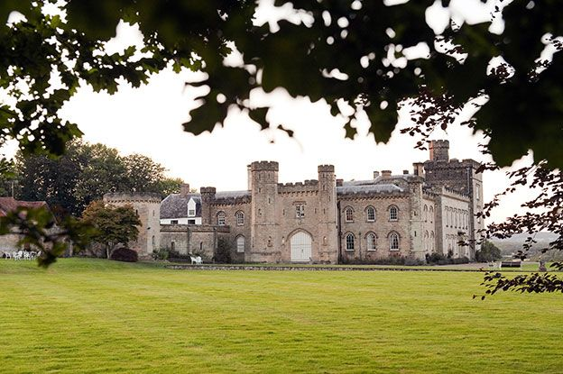 6 reasons why you'll love Chiddingstone Castle | CHWV