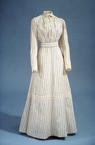 I could see Nell Sinclair wearing this day dress in TWO BRIDES TO MANY in her work with the Sisters of Mercy.