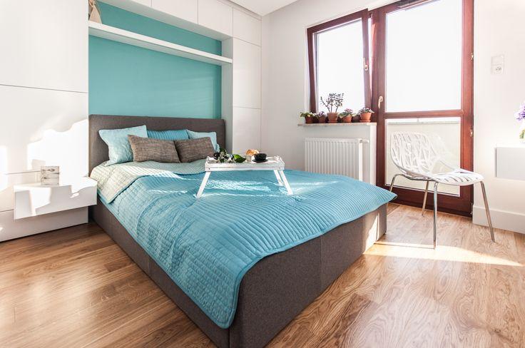 Sypialnia z nutą turkusu.