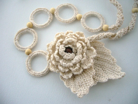 Hand Crochet Natural Linen  Necklace Flower and by CraftsbySigita,  www.etsy.com/shop/CraftsbySigita