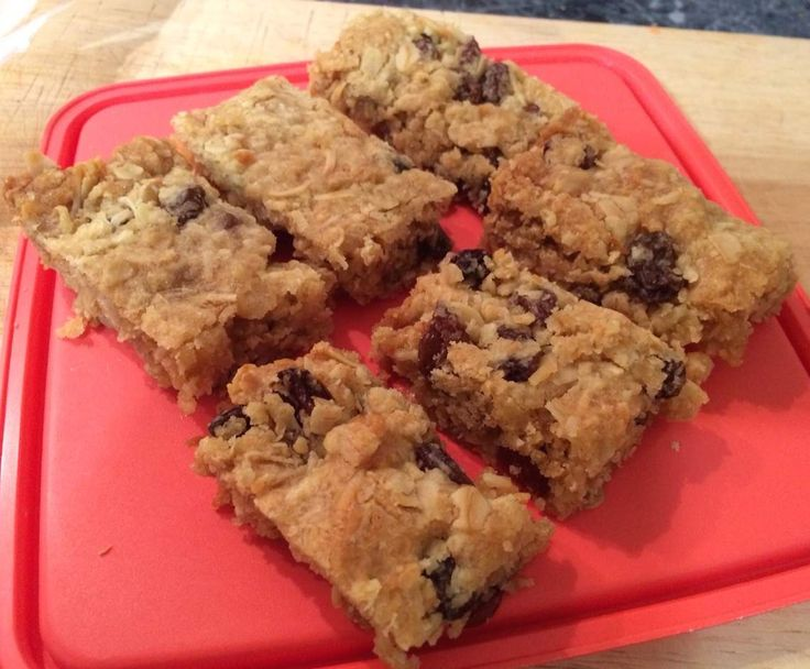 Recipe Honey & Sultana Slice by sarah_philp - Recipe of category Baking - sweet