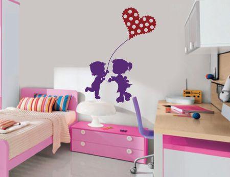 Μήπως δεν είστε οι μόνοι που θα ανταλλάξετε δώρα τη μεγάλη μέρα; Αυτοκόλλητο τοίχου από την #Houseart για την πρώτη του αγάπη...