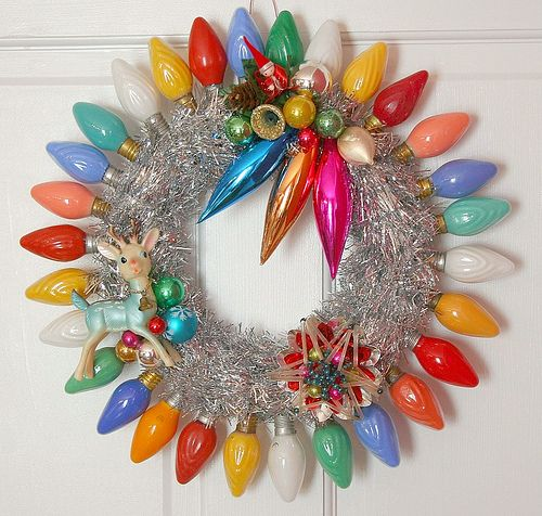 Vintage Christmas wreath. A great way to upcycle old bulbs, tinsel, and ornaments. A nice keepsake.