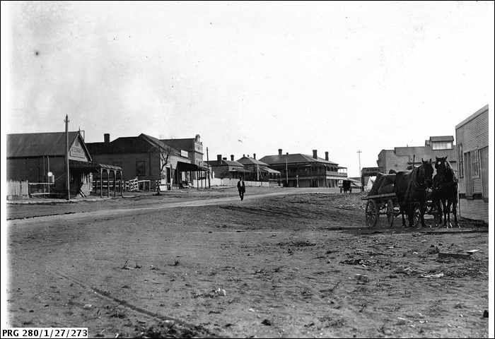 SLSA: PRG 280/1/27/273 - Main street in Streaky Bay, South Australia ca. 1921