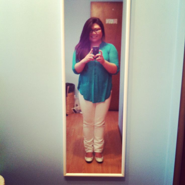 I love summer colours, casual look but a great outfit to just go out to dinner with some of my girlfriends :)