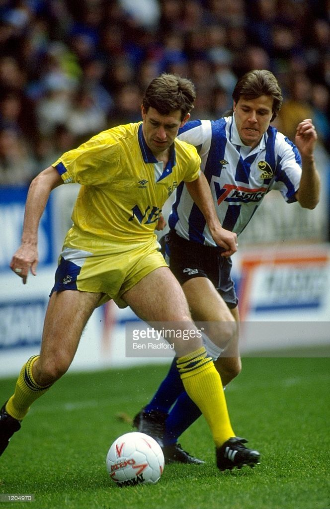 Kevin Sheedy of Everton in action during the FA Cup 4th Round match against Sheffield Wednesday played at Hillsborough. The match finished a 1-2 win to Everton.  Mandatory Credit: Ben Radford /Allsport