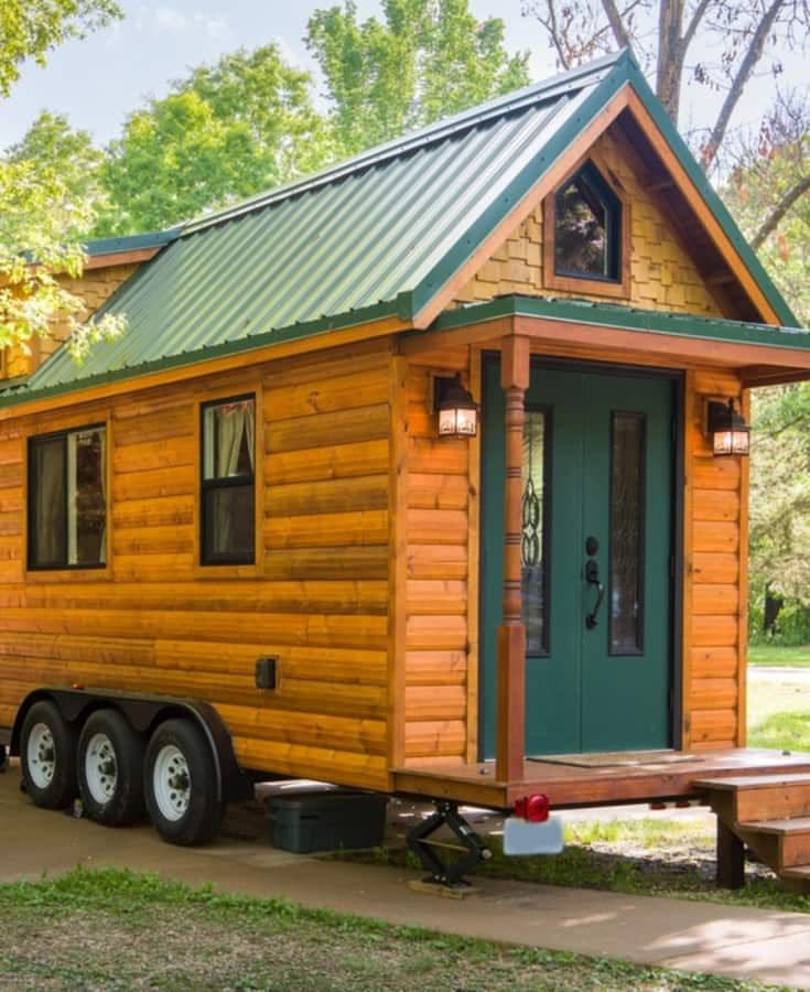 Tiny House Log Cabin On Wheels Tiny House For Sale In Troy Missouri Tiny House Listings In 2020 Tiny Log Cabins Tiny House Towns Tiny Houses For Rent