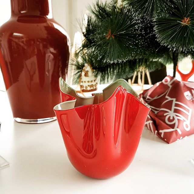 We're already wrapping the #gifts to put under the #christmastree  #red is always the perfect #colour for #chirstmas