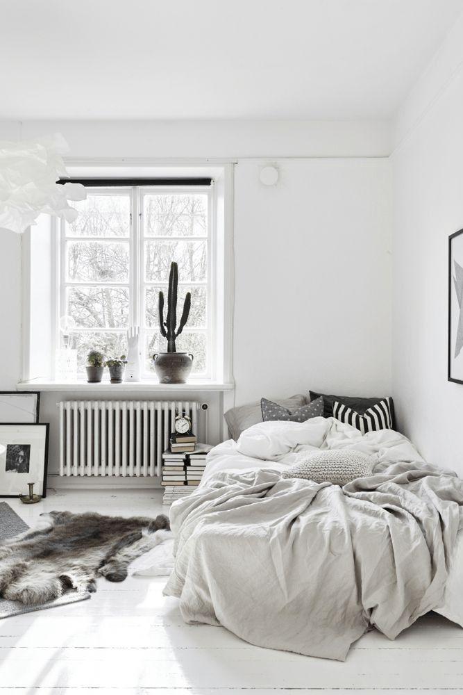 25+ best ideas about Minimalist bedroom on Pinterest | Bedroom ...