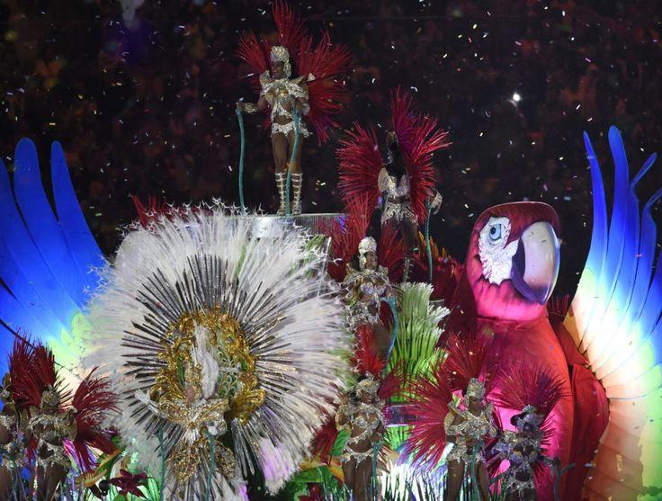 Rio de Janeiro, 2016. augusztus 22. Táncosok a XXXI. nyári olimpiai játékok…
